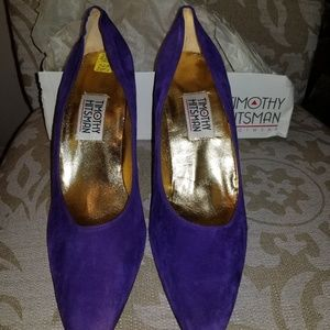 TIMOTHY HITSMAN SUEDE LEATHER PUMPS